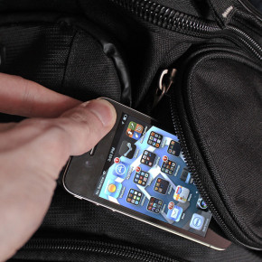 Biali kradną iPody