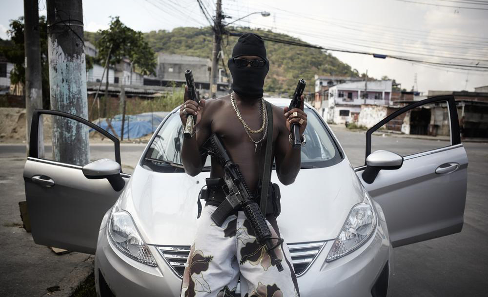 brazil_blacks_guns3