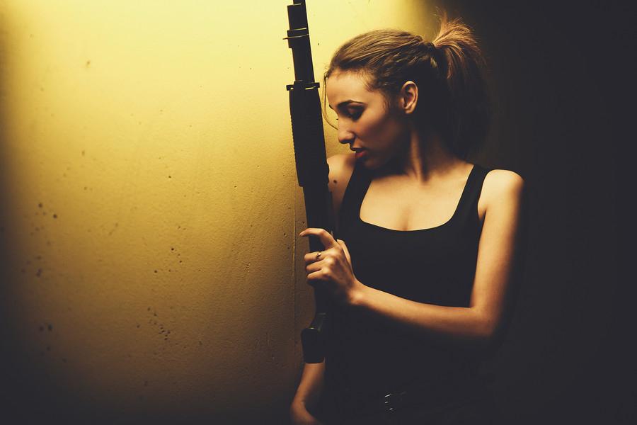 girl_gun9