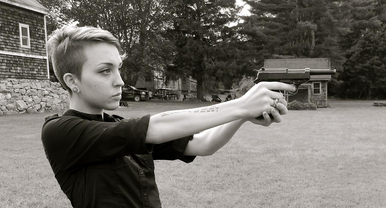 girl_guns_41